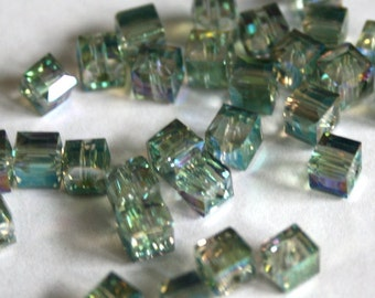 6 mm Green Colorized Cube Glass Beads