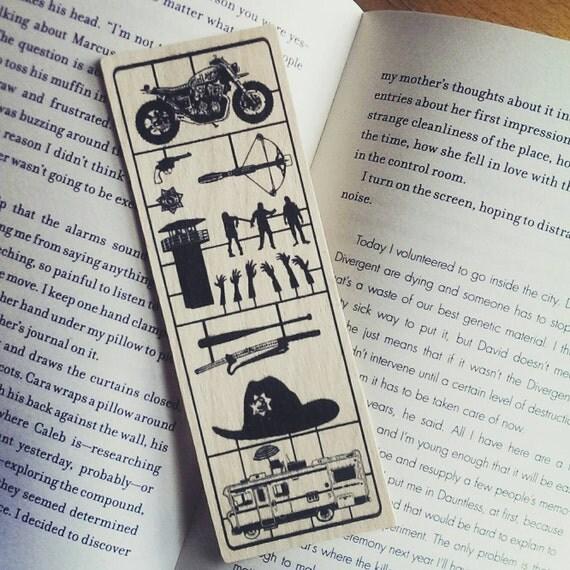 The Walking Dead - Fix Art - Wood Bookmark