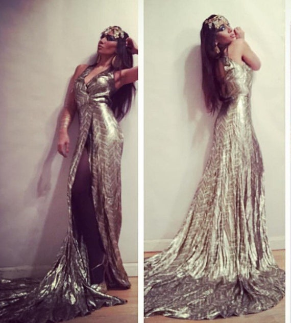 Irina Shabayeva COUTURE Gold Lame wrap gown .