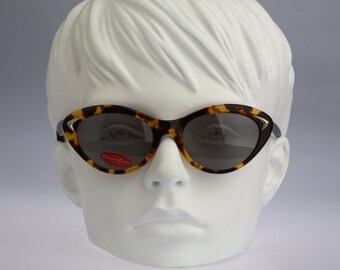 Chevignon Lolita / Vintage sunglasses / NOS / 90s rare cat eye sunglasses