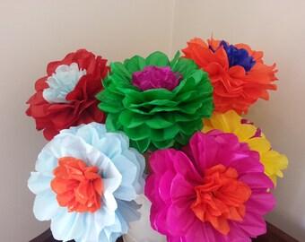 Tissue Paper Fiesta Flowers - Set of 8 Tissue paper flower -Fiesta//Mexico// Parties decor//Cinco de Mayo//Decoration