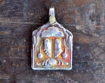 Hindu silver pendant yoga amulet Indian sacred feet of Vishnu, silver and gold vintage divine