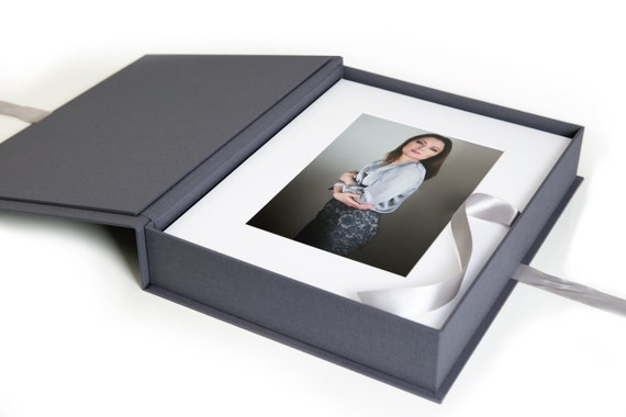 Grey Bundle 11x14 Folio Box And 20 White Acid Free Slip