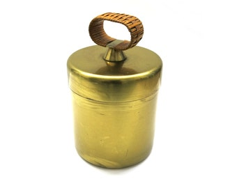 Brass lid box with bast handle | Mid Century Design | 50s design