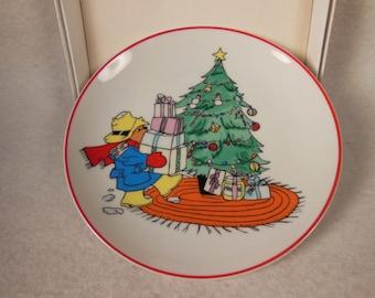 "Vintage-Paddington Bear-Ceramic Plate With box-6 1/2""-1979-Schmid- Eden Toys"