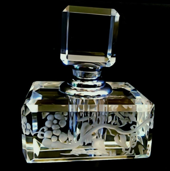 Hand Engraved Crystal Perfume Bottles, flowers, Vanity, HomeDecor, Perfume Bottle, Art Collector, Bridal Gifts