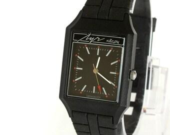 Analog Mens Watch. Black Mens Watch LUCH Quartz. NOS Watch For Men. Slim Men's Wrist Watch. Vintage Gent's Watch With Certificate. Gift Idea
