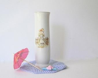 Cute Vintage Vase. Little Girls Vase. Girls Bedroom Decor.Childrens Decor.Vintage Vase Holly Hobby Style. White Vase