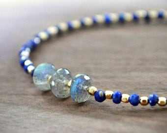 lapis lazuli and labradorite bracelet /// skinny stacking beaded gemstone bracelet /// delicate gemstone jewelry