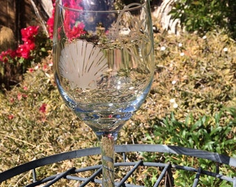 Etched Wine Glass- Sea Shells