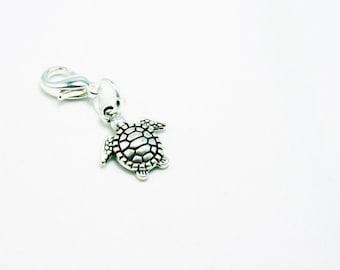 Turtle Charm. Silver Clip on Charm with Turtle. Bracelet Charm. SCC428