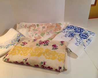 Lot of 4 Vintage Casual Floral Tablecloths for Cutters, To Repurpose or Use