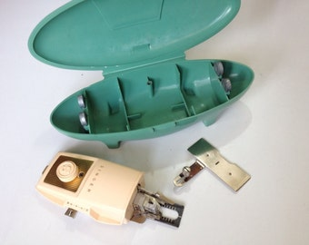 Singer Buttonholer Sewing Machine Attachment in Green Case Circa 1960's