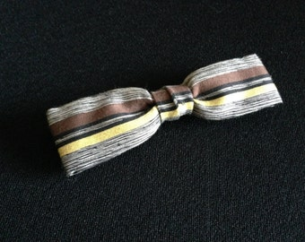 Vintage 1950's Classy Rust Resistant Clip-on Slim Bow Tie Striped for You   (LDP1)