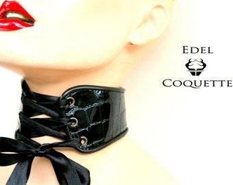 Neck corset - patent leather