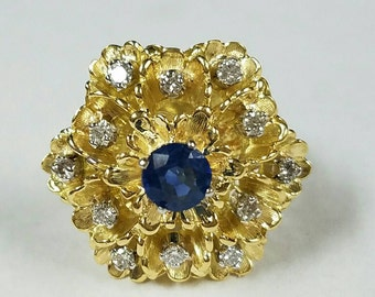 18kt yellow gold diamond and sapphire coctail ring