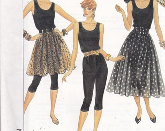 Simplicity 9559 Vintage Pattern Womens Leggins, Tank Top and Pull On Skirt in Variations Size 6,8,10,12 UNCUT