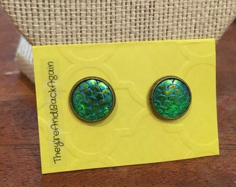 10mm Bronze Metallic Blue-Green Mermaid Skin Stud Earrings