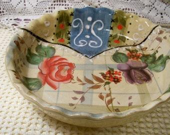 Deep Dish Pie Plate / Decorative Pie Plate