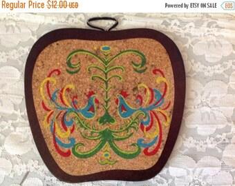 25%  Sale Event Rooster Trivet Hot Plate Vintage Rooster Cork and Wood Trivet