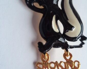 Vintage Signed Danecraft  Goldtone Smoking Stinks Skunk Brooch/Pin