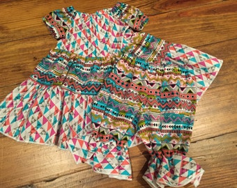 Aztec dress with ruffled pants