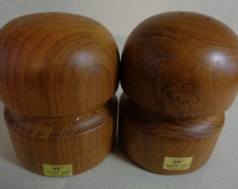 Vintage Winsome Teak Wood Salt & Pepper Shakers Modern design