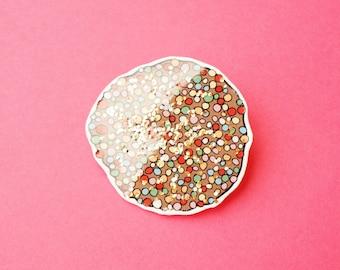 Badge: Freckle Glitter Brooch/Button