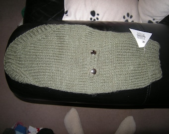 """Military style green chunky jumper chest 16-17"""" (may fit chihuahua, yorkie, dachshund, jack russell etc)"""