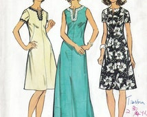 70s Simplicity caftan tunic dress, sewing pattern 5475, Bust 37 inches, uncut