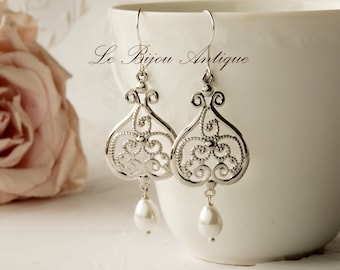 Silver earrings chandeliers pearls teardrops antique Silver Vintage inspired earrings Drop Pearl dangles Gift for her antique style romantic