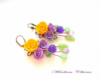 Earrings with yellow and purple roses