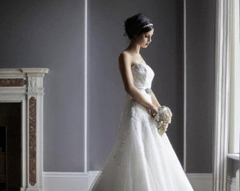 Crystal Gold Wedding Brooch Bouquet |Gold bouquet | Heirloom Bridal Broach Bouquet | jeweled wedding bouquets | alternative wedding |