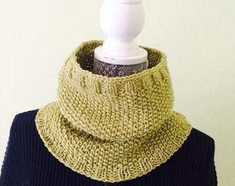 Men Neck Warmer - Wool Neck Warmer - Green Cowl - Hand Knit Cowl - Winter Cowl - Warm Neck Warmer - Women Cowl - Father Day Gift