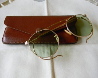 True Vintage Rare Shuron Ful Vue, 1/10 12K GF Panto Sunglasses  with vintage real leather case 1930's.Made in USA.Excellent Condition.*****