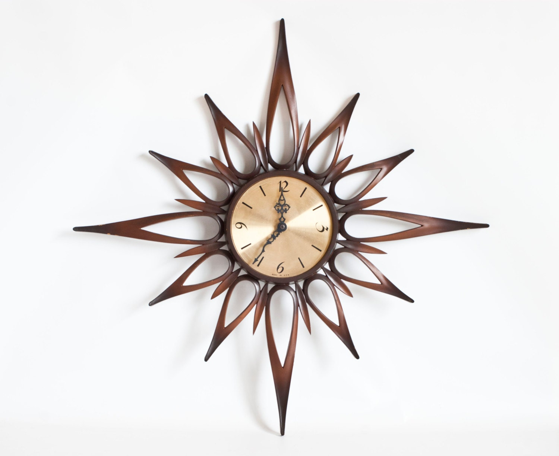 Vintage Syroco Starburst Wall Clock 1967 Large Sunburst