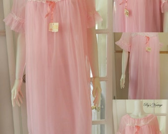 Vintage  Pink Queentex Nightgown, Vintage Chiffon Nightgown, Romantic, Chiffon Bright Pink Lingerie, Size OS