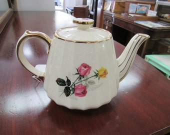 Floral Sadler Teapot