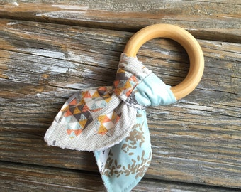 Natural Maple Wood/Ears/Teething/Teether/Ring/Toy/Chew ~ Flutter//Butterfly//Aspen//Woodland//Tribal//Native