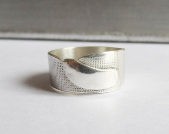 silver belt ring