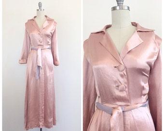 40s Peach Silk / Satin Maxi Dress / 1940s Vintage Dressing Gown / Robe With Matching Belt / Medium / Size 6