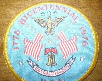 40 year-old 1976 Vintage USA bicentennial patch- 1776-1976 patch- 200th anniversary patch- Uncle Sam's birthday- woven bicentennial patch