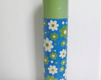 Now 20% OFF!  Vintage Green/White Daisy, Tall Cardboard Takahashi Matchstick Holder, Mod Flowers, Colorful Matches