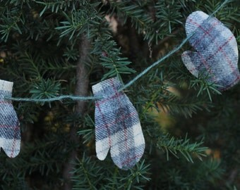 Christmas Mittens Recycled Wool Garland or Bunting, Red, White, Gray Plaid Garland, Upcycled Wool Blanket, OldWoolNew Mitten Garland