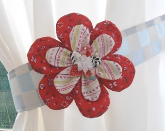 Big Red CURTAINS tones flower and notes of various colours
