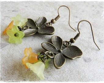 Vintage style flower earrings, lucite flower earrings, Antiqued bronze earrings, Bronze posy earrings
