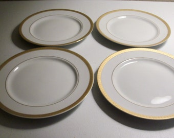 Gabbay Queen Victoria Set Of Four Dinner Plates