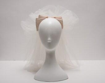 white + soft pink bow wedding veil vintage 1980s • Revival Vintage Boutique