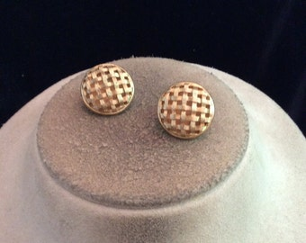 Vintage Signed Monet Goldtone Clip On Earrings