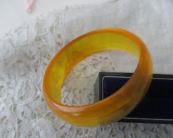 Vintage bangle/bracelet